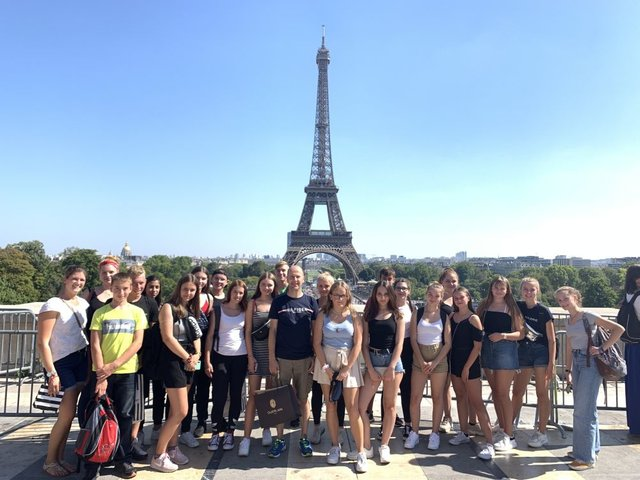Der funkelnde Eiffelturm krönte die Paris-Tour
